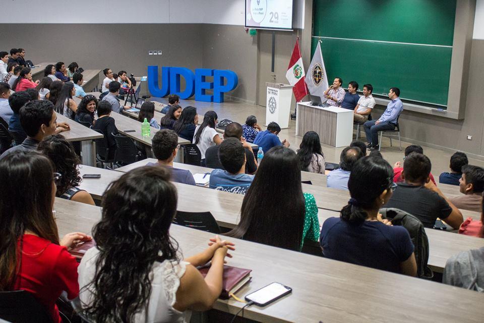 Charla informativa Startup Perú