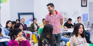 Vishal Verma acompañó startups de Hub UDEP durante un mes, brindando asesorías en crecimiento continuo de portafolio, inversión y valorización